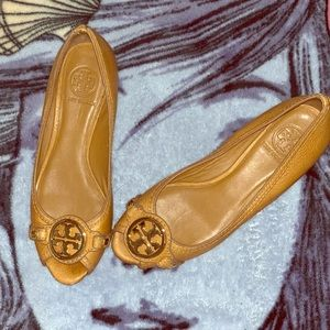 Tory Burch flats with small heel